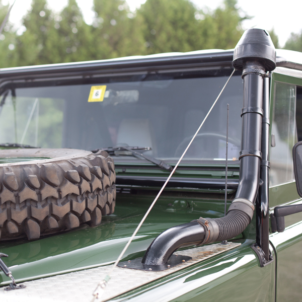 Classic Land Rover Parts: Defender Raised Air Intake