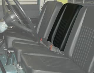 Seat Back Deluxe Center With Fixing Pins For Series II,Iia,Iii - Black Vinyl