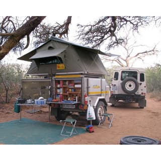 EEZI AWN SERIES 3, 1800 ROOFTENT GREEN