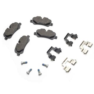 Brake Pad Rear Axle Set w/Clips  LR4