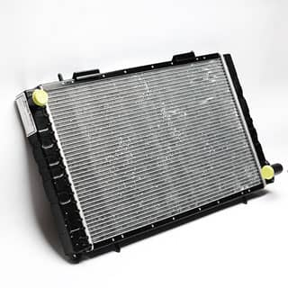 Radiator Def 2.5 Petrol/Diesel Damaged