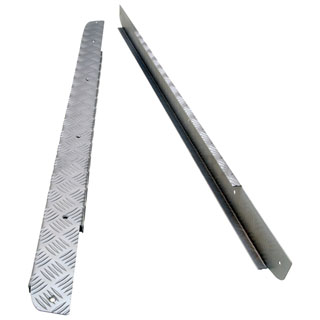 Sill Protector Set 5 Bar Chequer Plate Defender 90 Silver