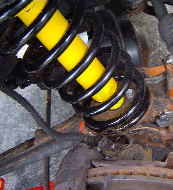 Classic Land Rover Parts: OLD MAN EMU COIL SPRING STANDARD REAR, OME764