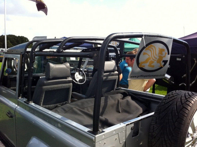 Roll Cage Defender 90 Soft Top Internal Rear Roll Cage