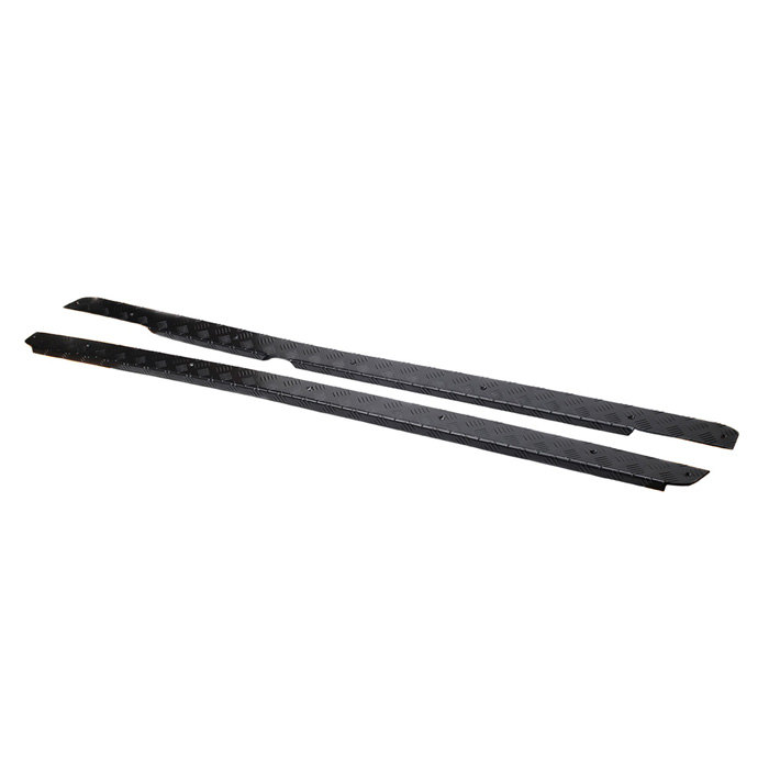 CHEQUER PLATED SILL PROTECTORS DEFENDER 110