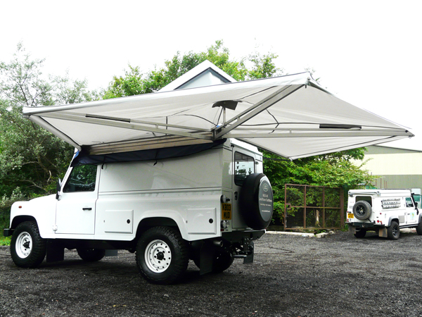 EXPEDITION AWNWING WITH COVER  sc 1 st  Rovers North & EXPEDITION AWNWING WITH COVER SIDE AWNING RNA731 SAFARI EQUIP ...